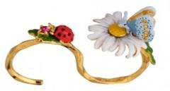 les-nereides-paris-bijoux-bague-chevaliere-secrete-champetre-marguerite-papillon-et-coccinelle